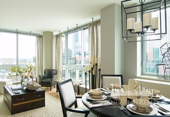 2 Bedrooms, Hell's Kitchen Rental in NYC for $6,100 - Photo 1