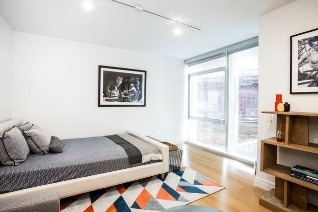 Studio, DUMBO Rental in NYC for $3,236 - Photo 1