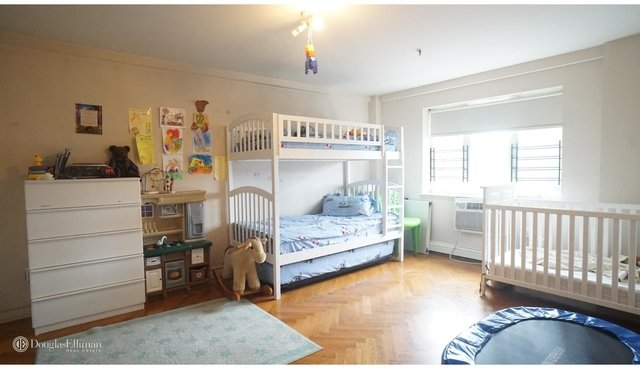 2 Bedrooms, Borough Park Rental in NYC for $2,200 - Photo 2