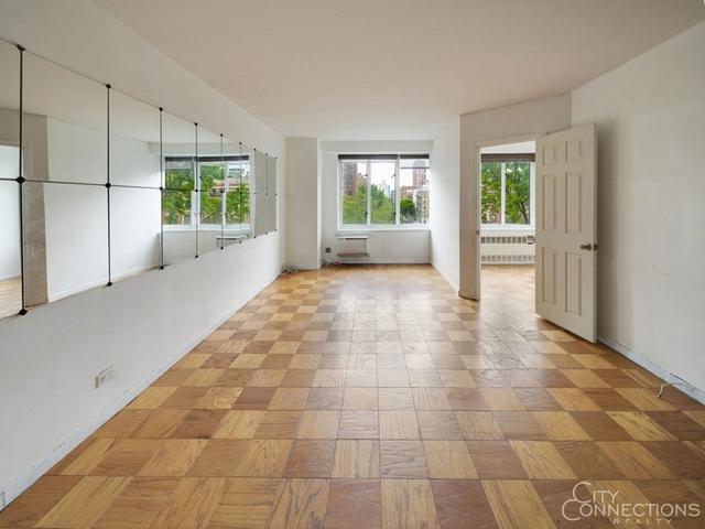 Studio, Manhattan Valley Rental in NYC for $2,500 - Photo 2