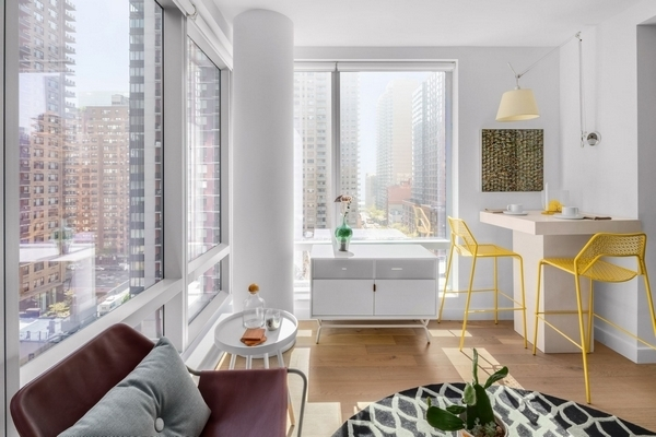 2 Bedrooms, Murray Hill Rental in NYC for $5,561 - Photo 2