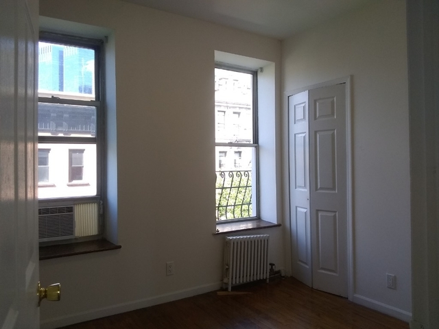 2 Bedrooms, Hell's Kitchen Rental in NYC for $3,445 - Photo 2