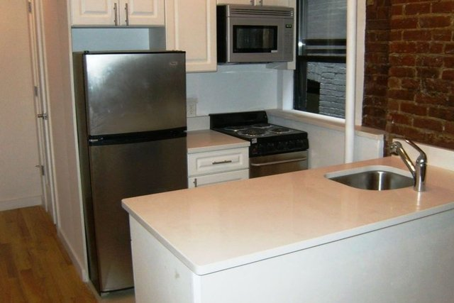 1 Bedroom, Upper East Side Rental in NYC for $2,795 - Photo 2