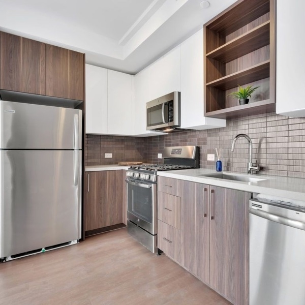 Studio, Long Island City Rental in NYC for $2,406 - Photo 1