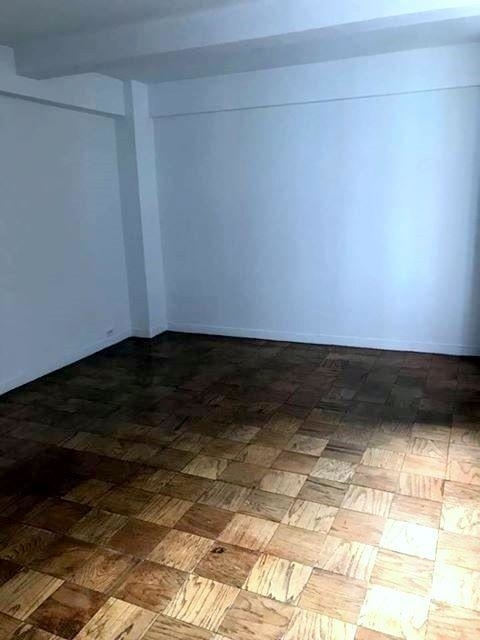 1 Bedroom, Murray Hill Rental in NYC for $3,300 - Photo 2
