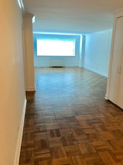 3 Bedrooms, Upper East Side Rental in NYC for $10,120 - Photo 1