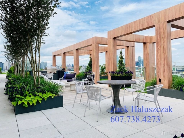2 Bedrooms, Greenpoint Rental in NYC for $4,995 - Photo 2