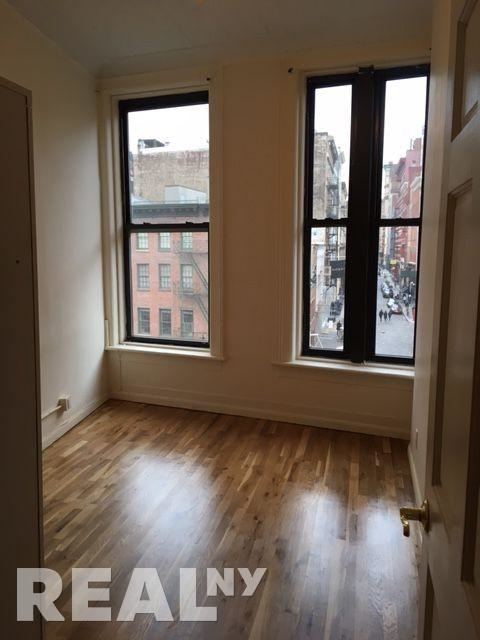 5 Bedrooms, Tribeca Rental in NYC for $8,200 - Photo 2