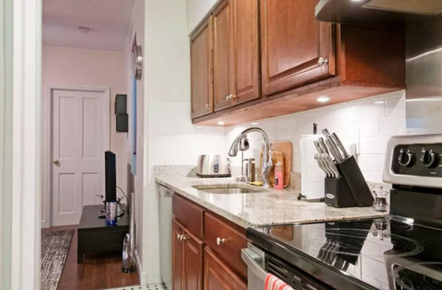 3 Bedrooms, Chelsea Rental in NYC for $5,750 - Photo 2