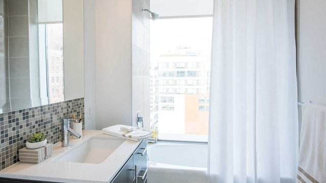 1 Bedroom, Chelsea Rental in NYC for $3,600 - Photo 2