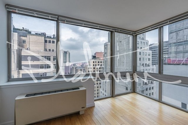 3 Bedrooms, Financial District Rental in NYC for $7,085 - Photo 2