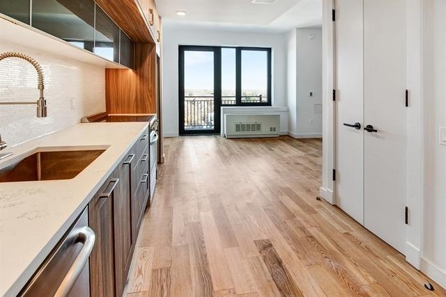 Studio, Midwood Rental in NYC for $1,990 - Photo 2