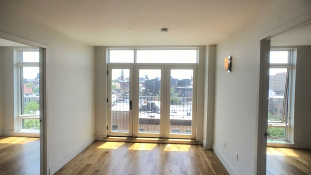 3 Bedrooms, East Williamsburg Rental in NYC for $4,600 - Photo 2