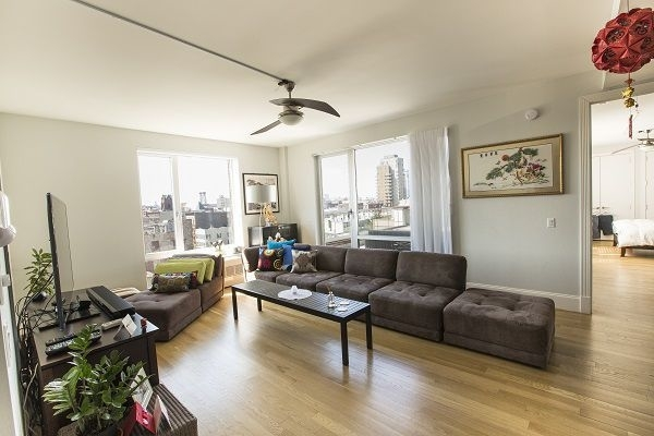 2 Bedrooms, Williamsburg Rental in NYC for $5,406 - Photo 1
