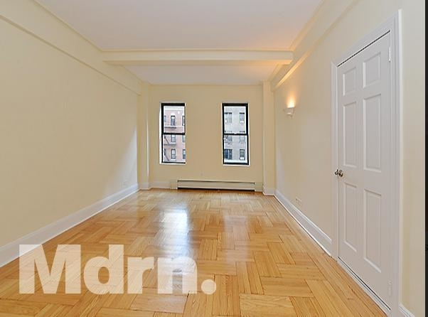 2 Bedrooms, East Village Rental in NYC for $4,000 - Photo 1