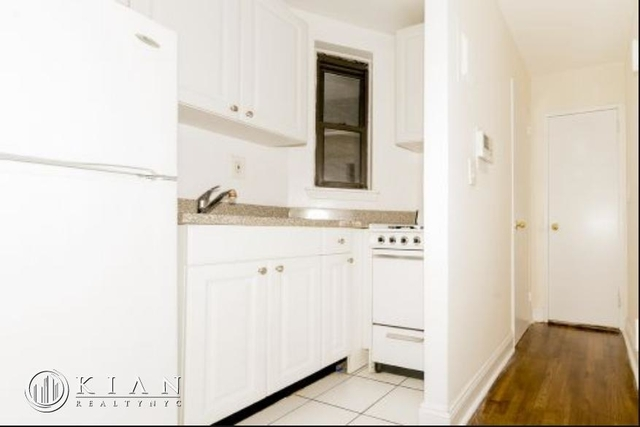 Studio, Sutton Place Rental in NYC for $2,384 - Photo 2