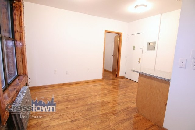 1 Bedroom, Alphabet City Rental in NYC for $2,395 - Photo 2