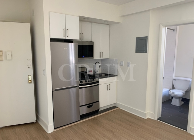 Studio, Lincoln Square Rental in NYC for $2,622 - Photo 1