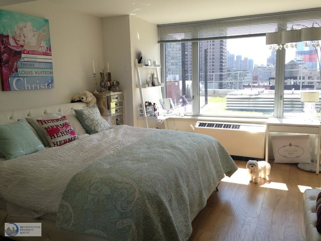 Studio, Hell's Kitchen Rental in NYC for $3,295 - Photo 1