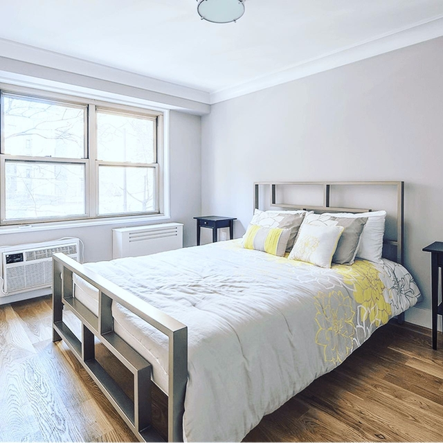 1 Bedroom, Upper West Side Rental in NYC for $3,277 - Photo 2
