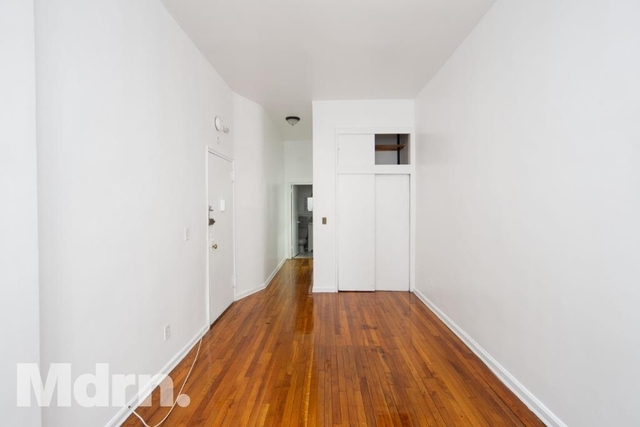 Studio, Yorkville Rental in NYC for $1,870 - Photo 1