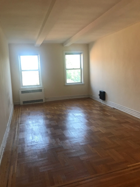 1 Bedroom, Forest Hills Rental in NYC for $1,995 - Photo 2