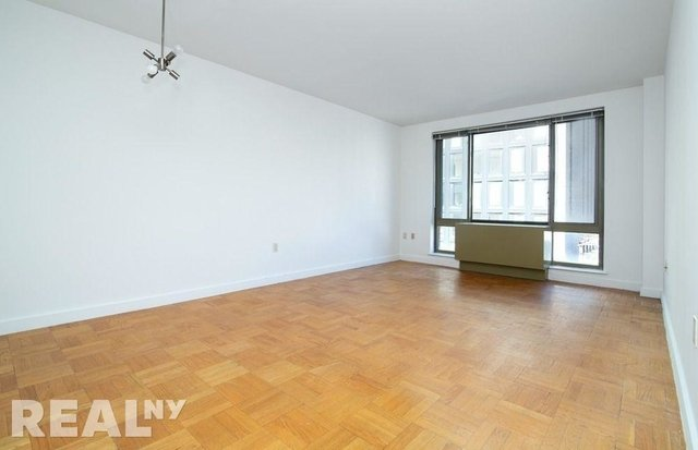 3 Bedrooms, Chelsea Rental in NYC for $6,600 - Photo 2