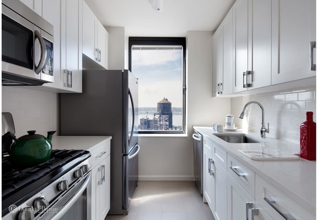 3 Bedrooms, Upper West Side Rental in NYC for $8,945 - Photo 1