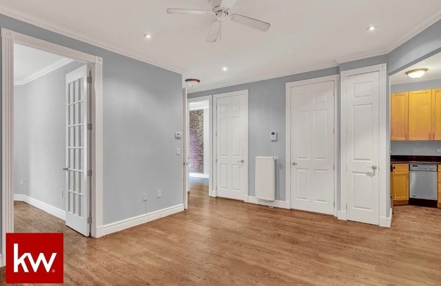 3 Bedrooms, East Village Rental in NYC for $5,700 - Photo 2