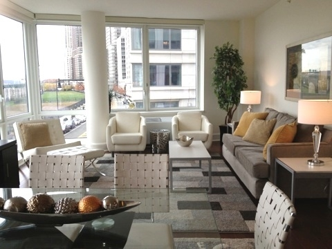 3 Bedrooms, Lincoln Square Rental in NYC for $13,540 - Photo 2