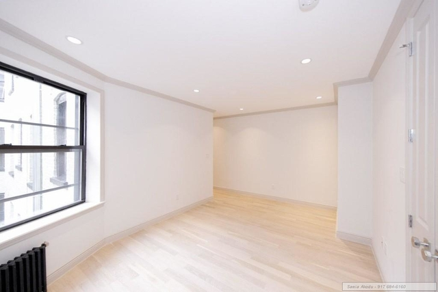 3 Bedrooms, West Village Rental in NYC for $6,100 - Photo 2