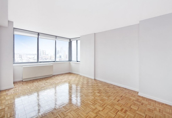 Studio, Theater District Rental in NYC for $2,874 - Photo 2