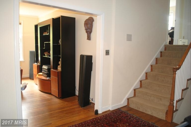 5 Bedrooms, Woodley Park Rental in Washington, DC for $5,900 - Photo 2