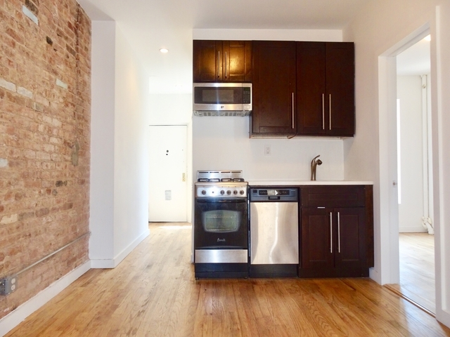 3 Bedrooms, Alphabet City Rental in NYC for $4,700 - Photo 1