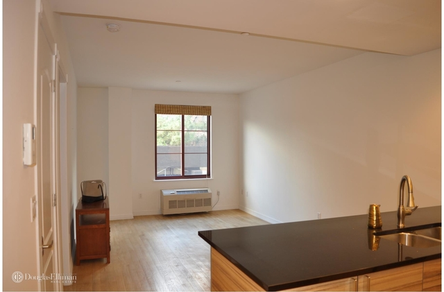1 Bedroom, Ditmars Rental in NYC for $2,400 - Photo 2