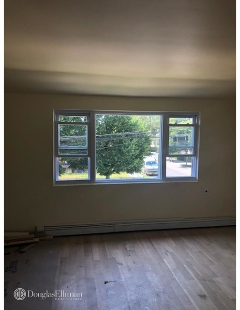 3 Bedrooms, Springfield Gardens Rental in NYC for $2,500 - Photo 2