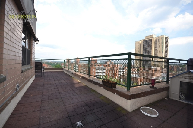 2 Bedrooms, Forest Hills Rental in NYC for $4,000 - Photo 2