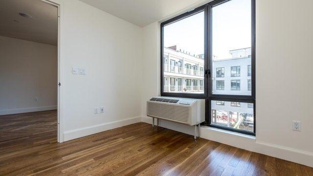2 Bedrooms, Downtown Brooklyn Rental in NYC for $3,499 - Photo 2