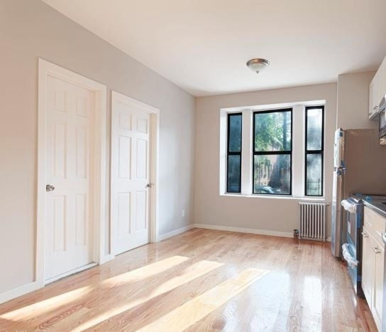 4 Bedrooms, Kensington Rental in NYC for $3,250 - Photo 2