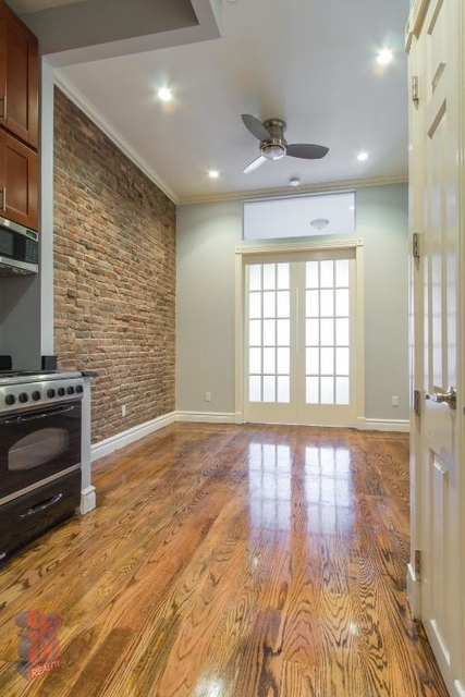 2 Bedrooms, West Village Rental in NYC for $5,095 - Photo 2