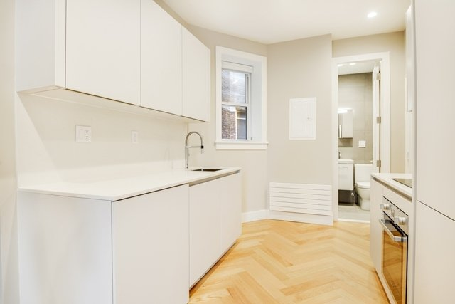 1 Bedroom, South Slope Rental in NYC for $2,550 - Photo 2