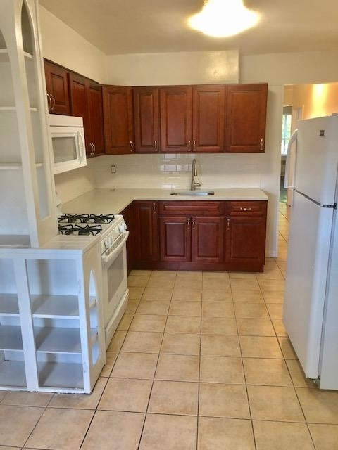 2 Bedrooms, Canarsie Rental in NYC for $2,100 - Photo 1