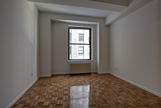 1 Bedroom, Financial District Rental in NYC for $3,130 - Photo 2
