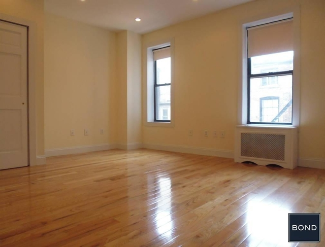 2 Bedrooms, West Village Rental in NYC for $3,645 - Photo 2