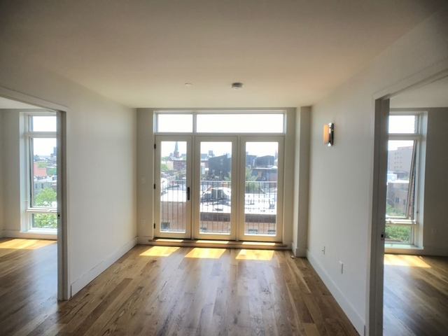 3 Bedrooms, East Williamsburg Rental in NYC for $4,595 - Photo 2