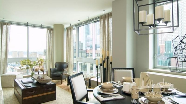 3 Bedrooms, Hell's Kitchen Rental in NYC for $5,695 - Photo 1