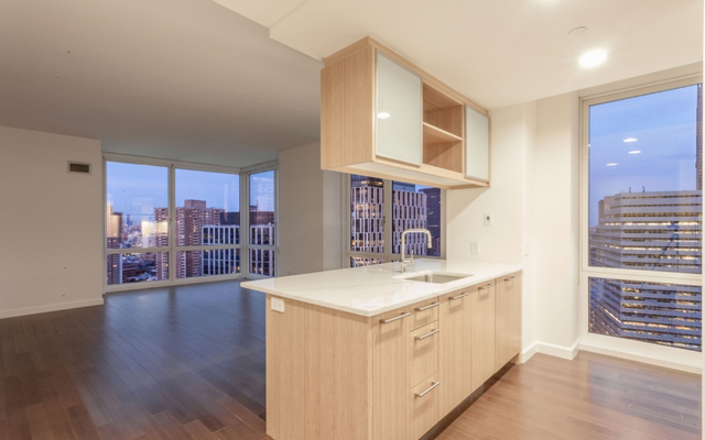 2 Bedrooms, Battery Park City Rental in NYC for $9,475 - Photo 1