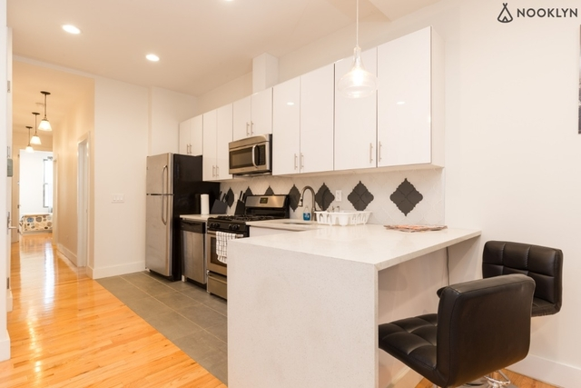 3 Bedrooms, Vinegar Hill Rental in NYC for $4,195 - Photo 1