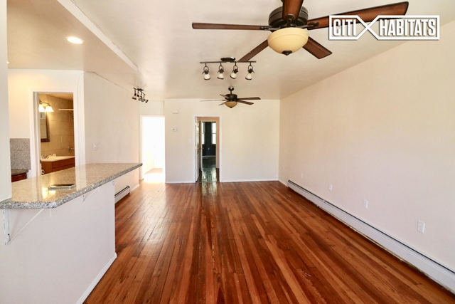 2 Bedrooms, Maspeth Rental in NYC for $2,100 - Photo 2