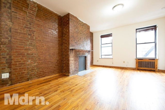 Studio, Hell's Kitchen Rental in NYC for $2,120 - Photo 2